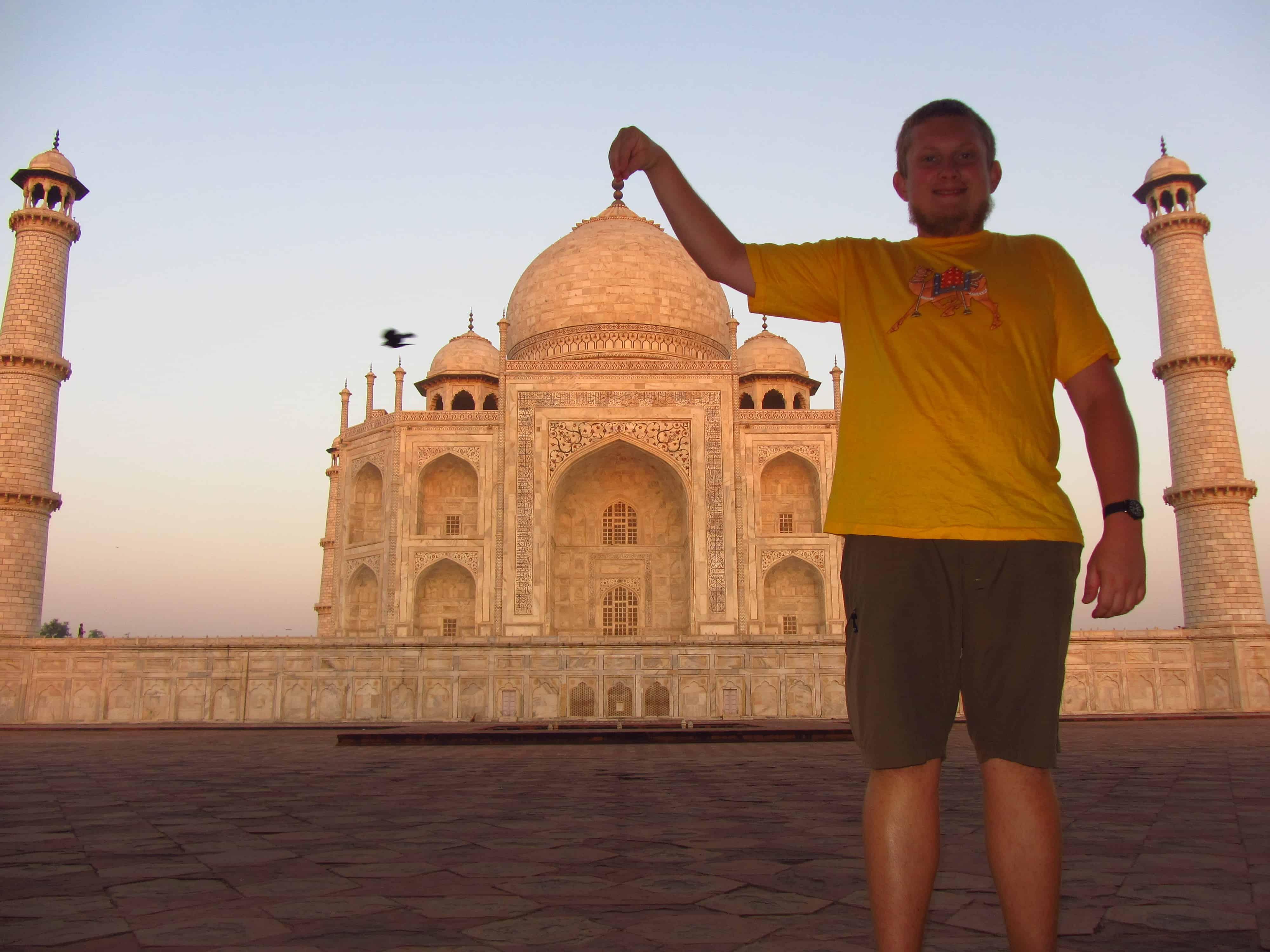 Taj Mahal bez turystów