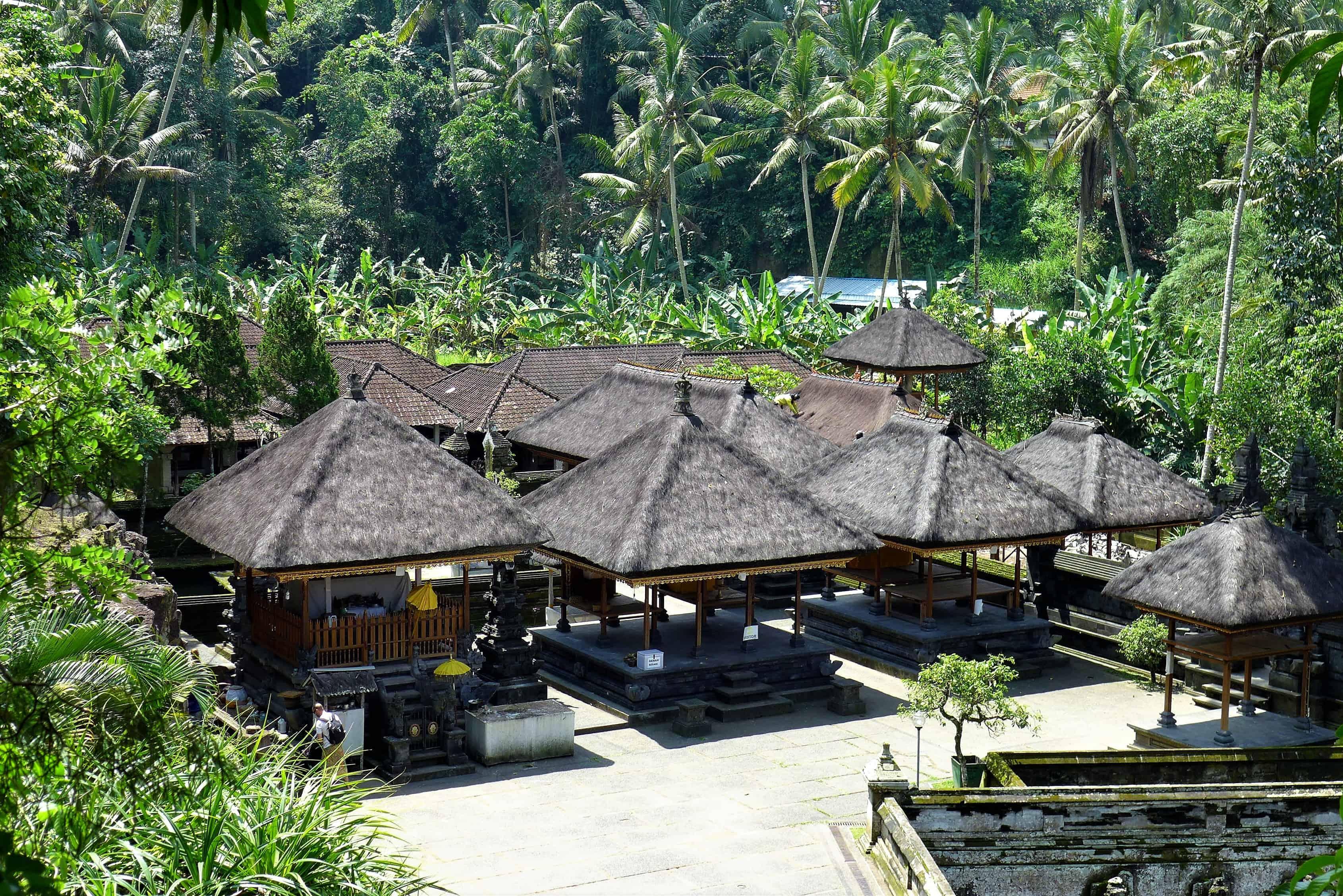 Zwiedzanie Bali, Goa Gajah