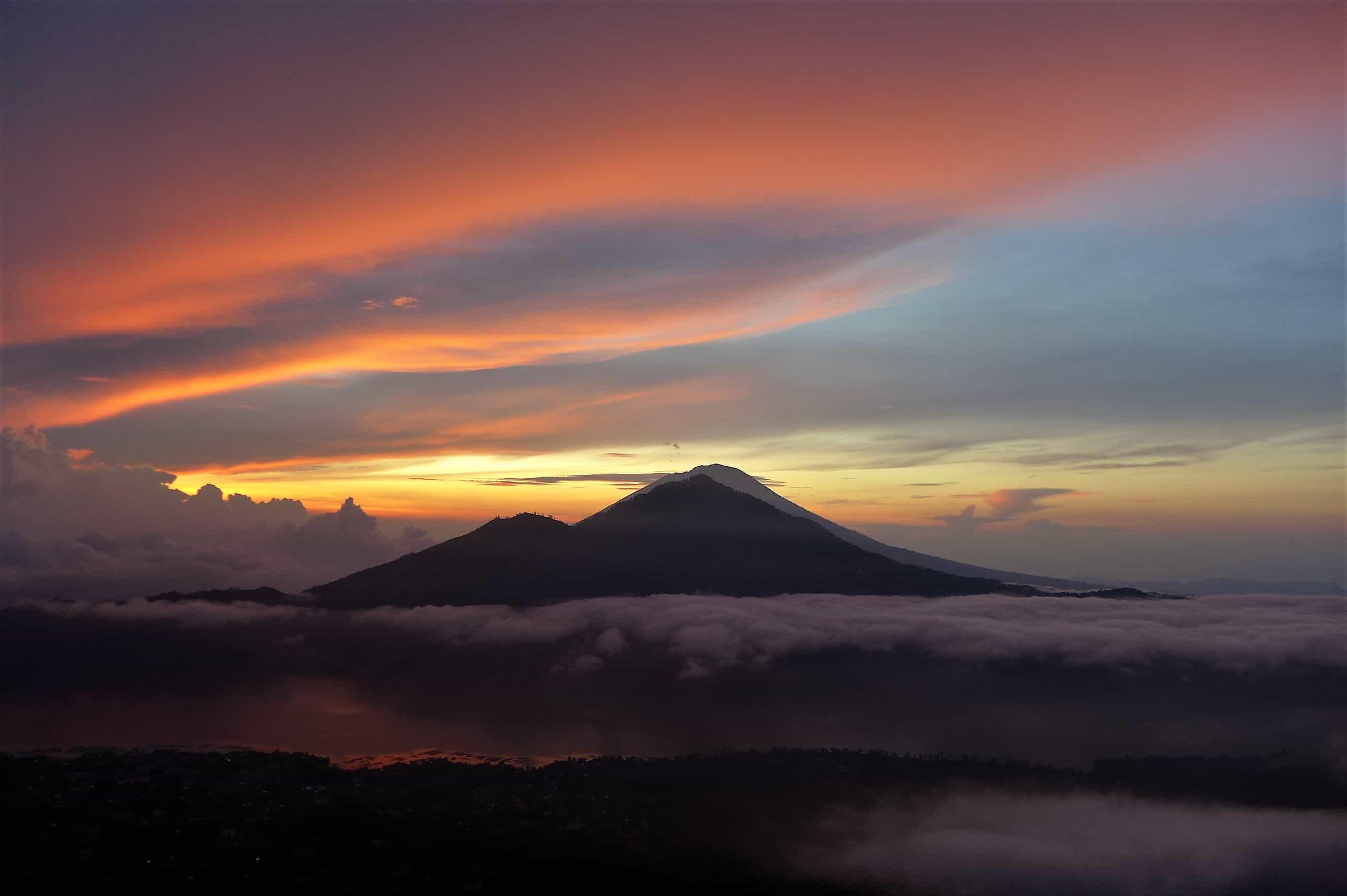 Zwiedzanie Bali; Agung, Mount Batur