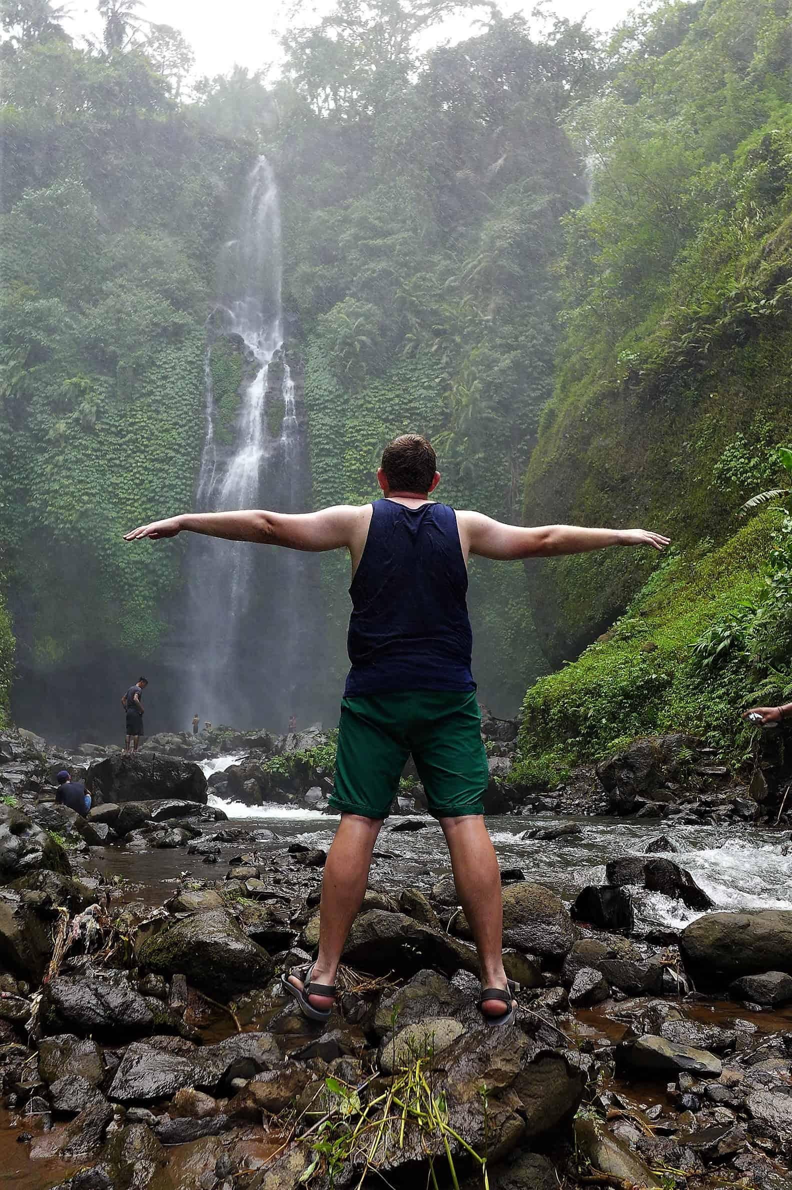 Zwiedzanie Bali, Fiji waterfall