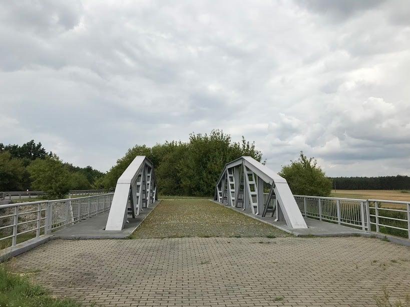 Maurzyce, most na Słudwi